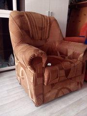 2 кресла в хорошем состоянии